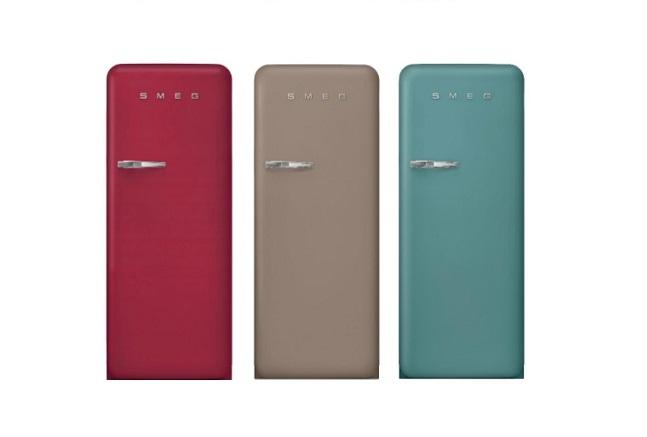 Smeg presenteert de iconische FAB28 en FAB32 koelkasten in een nieuw stijlvol design