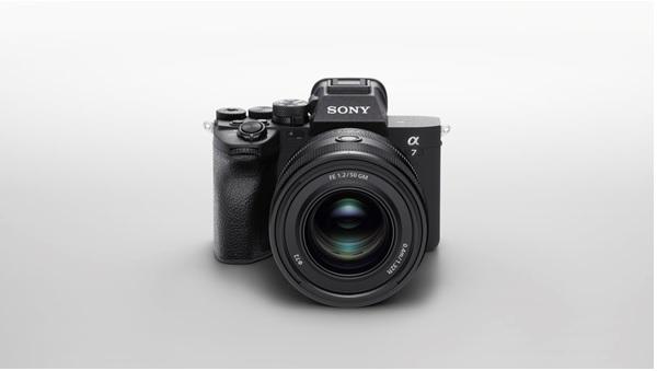 α7 IV full-frame camera Sony